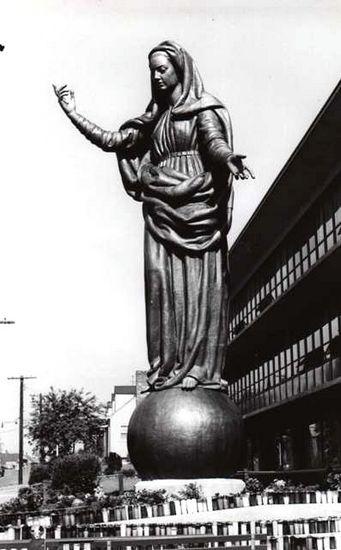 1° sabato di Maggio 1954 - Arrivo della Madonna a Boston