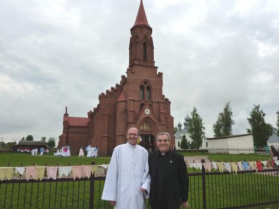 La chiesa di Lahiszyn (Bielorussia)