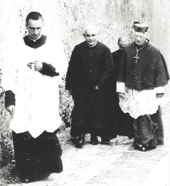 Don Francesco Drzewiecki con Don Orione e il card. Minoretti (Genova, 1937)