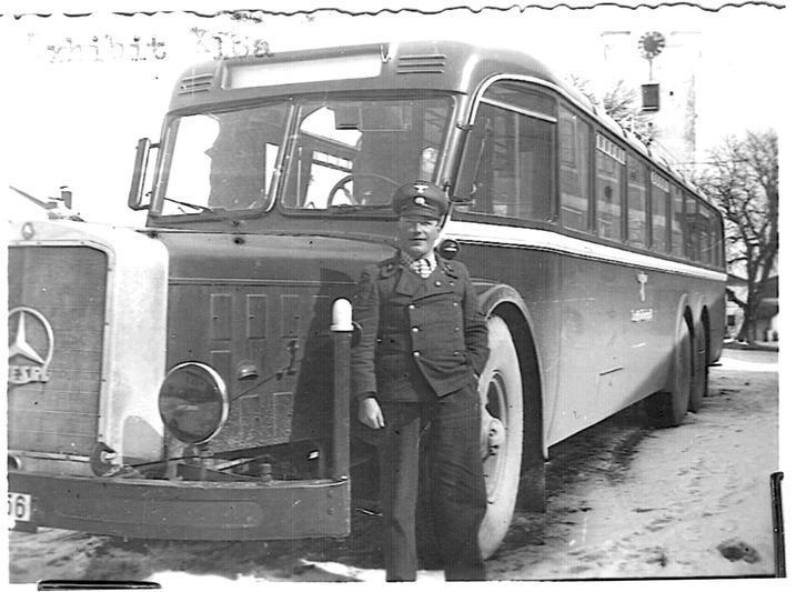 L'autobus degli invalidentransport da Dachau ad Harteim.